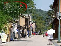 金沢湯涌温泉で創業250年【星空の降りそそぐ宿あたらしや】温泉街を散策するだけで癒されます。