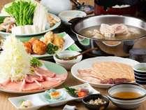 お食事クーポンが利用できる提携店には、水炊きや焼き鳥、屋台や居酒屋など約10店舗が登録されています。