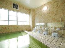*大浴場一例。冷えた体をゆったりと温めて下さい。