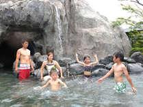 大滝の湯・・・当館最大のお風呂です。