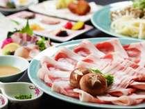 【鹿児島スタンダード】これぞ薩摩の王道!六白黒豚のしゃぶしゃぶ × ハーフビュッフェ!