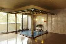 【源泉風呂・もえぎ】31.2℃の源泉そのまま♪湯上りしっとり☆とろみのある温泉の感触を満喫