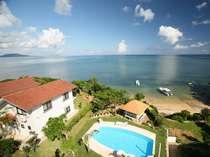 全部屋オーシャンビュー、施設内にはプール、素晴らしい石垣島の夏を目いっぱい楽しんでください♪