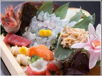 追加料理『お刺身の盛合せ』 獲れたて新鮮な海の幸♪予算に応じてご用意できます(3000円税別~)