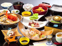 『花筐(はながたみ)御膳』料理長が厳選した旬の食材を、素材の良さを活かす和食の業で仕上げた特選会席。