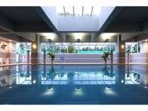 室内温水プール営業時間10:00~21:00