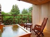 客室露天風呂【テラス】水花の庄 和洋室(イメージ)※温泉ではございません。