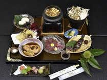 季節の会席料理一例(写真は9月~11月の秋会席イメージ)