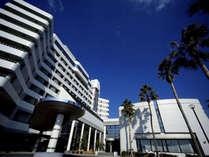 三河湾を望む当館は全客室オーシャンビュー!ゆったり上質なひと時が過ごせるリゾートホテルです。