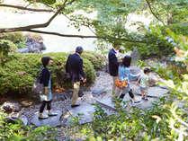 ご家族で、ホテル内の日本庭園を散策するのもオススメ!