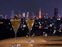 シャンパンを片手に東京の夜景を眺めながら、素敵なひとときをお過ごしください。