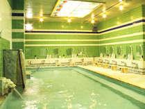 ■大浴場<豊富な湯量の上諏訪(かみすわ)温泉>(営業時間 15:00~24:00、05:00~10:00)