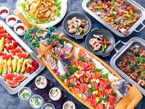 【信州グルメバイキング】信州の食材を使った、多彩なお料理が並びます。