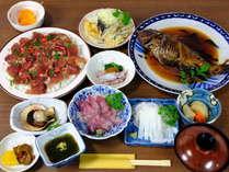 リーズナブル獲れピチ8500円【1泊2食付き】男海女の大将・鮮魚仲買人の女将おすすめ料理例