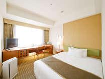 セミダブルルーム部屋の広さ 18.4平米ベッド幅 140cm