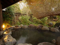 ◆源泉かけ流しの貸切露天風呂(家族風呂)