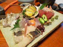 【紀州赤どり使用】和歌山食材盛りたくさん!深みある味わい地鶏をすき焼きで♪14,000円~