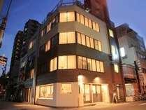 地下鉄長堀橋駅から徒歩5分、心斎橋駅から徒歩8分、プライベート重視の個室あり♪ビジネスにもオススメ☆