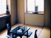 和室10畳広々としたお部屋です