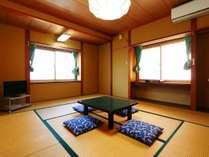 【おまかせ部屋】和室10畳。人数により当館で割り振り致します。