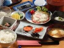 【朝食全体の一例】女将手作りの和朝食