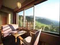 ■南館和室/蔵王の山々を一望できるとても眺めの良い、リピーター様にとても人気のお部屋