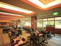 ■レストラン『紅の華』/ご夕食会場の一例