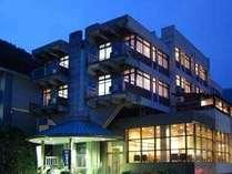 野沢温泉の高台に立つホテル