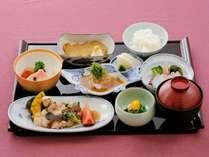 【ディナーステイ】日本料理「雲海」にて料理長自慢の鯛丼コースを♪(夕食のみ)
