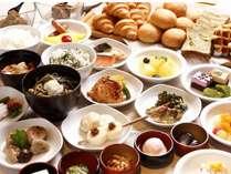 ◆和洋バイキング 信州の郷土料理を含め50種類のお料理をご用意しております。