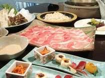 【福島県産豚しゃぶしゃぶ(スタンダードコース)】脂身が甘いと評判の福島県産豚をご堪能。