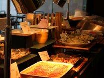 2017年7月よりレストランディナーは和洋中バイキングにリニューアル!