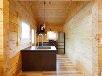 【ログプレミアム~FOREST森~】キッチン(調理器具や食器もございます)