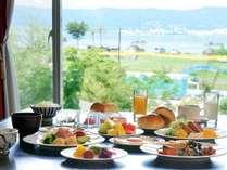 朝食はバイキング。和洋色々お楽しみ頂けます。※お日にちにより、和定食となる場合がございます。