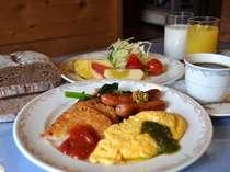 朝食一例♪シーズンによってはバイキングスタイルになることも。