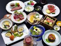 【盛夏の胡蝶膳】厚切りローストビーフなど全13品のおもてなし