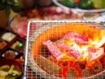 人気の豊後牛と薩摩地鶏の炭火焼きプラン