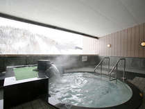 """シェラトン北海道キロロリゾート2F大浴場""""ときわ湯""""露天ジャグジー"""