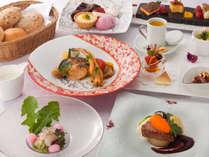 選べるディナー付プラン(グループレストラン/送迎付)&無料軽朝食付★ガーデンヴィラ
