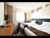 .【スーペリアツインルーム】   18.4平米ベッド幅110cm×2台(2015年全室デュベ導入)