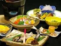 ≪ご夕食例≫地元・高知の食材を中心に、味付けにも拘った郷土料理をお召上がり下さい♪