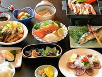 【ご夕食例】地元・高知の食材を中心に、味付けにも拘った郷土料理をお召上がり下さい♪