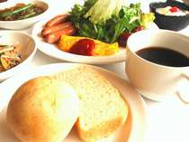 1日の始まりは栄養満点の朝食から☆