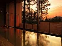 ◆天然温泉を使用した内湯、露天風呂、スチームサウナを満喫していただける「温泉ゾーン」