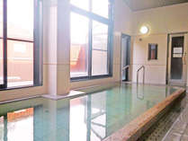 *【大浴場】ミネラル分たっぷりの湧き水を沸かしたお湯は、やさしい湯触りが特徴。,長野県,公共の宿 ビレッジ安曇野