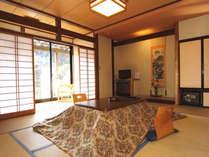 3階和室【庭園側】湯上りにゆっくりお寛ぎください!