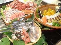 お肉、魚介類、お野菜てんこ盛りのバーベキュー食材