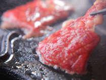 こだわりのお肉は滑らかなくちどけ…♪口に含むと甘みがジュワッと広がります