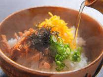 鹿児島名物【鶏飯】♪選んだ具材にアツアツのスープをかけて召し上がれ☆