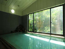 こんこんと湧き出る湯は100%天然温泉です!